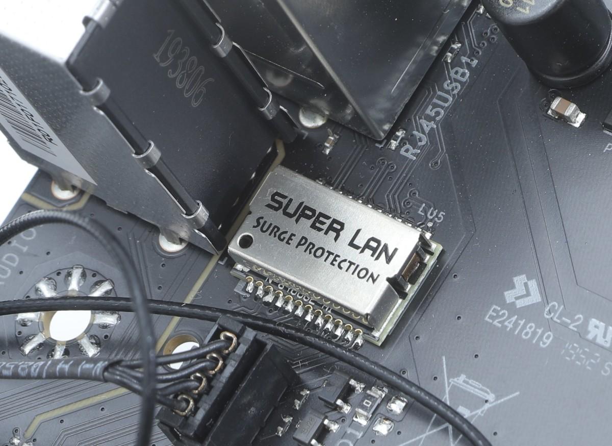 為 LAN 功能特設 Surge Protection 保護晶片