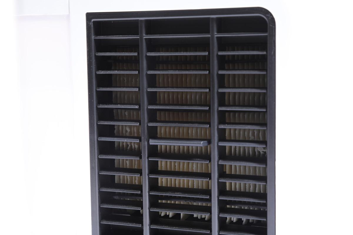 內置 EvaBreeze 濾芯,降溫能力最高可達 5-7 度,亦同時能夠過濾空氣中的微粒污染物。
