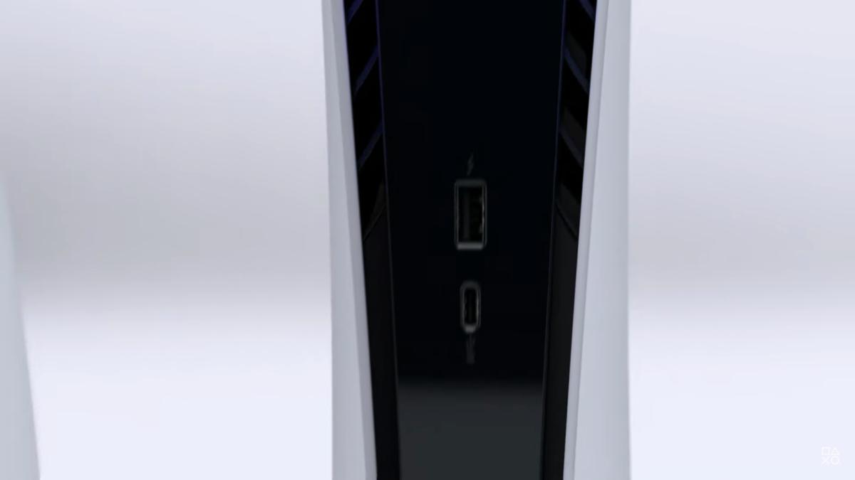 暫時所見只有一個 USB-A 及 Type-C 接口。