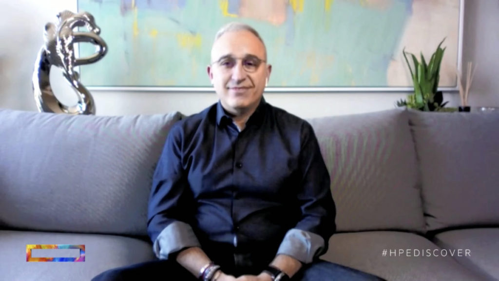 Antonio Neri 在家中隔離和休養,亦不忘作主題演講。