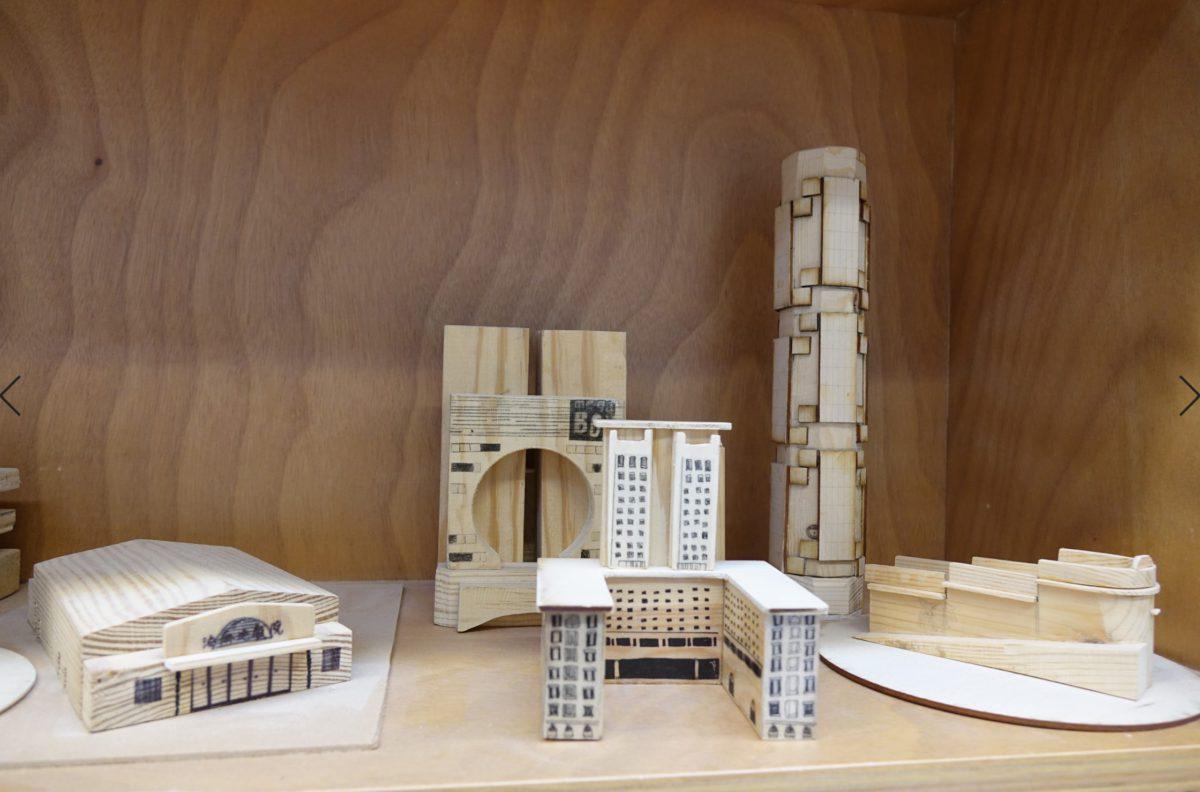 創意書院著重實用知識,建築和物料是經常用作設計的主題,圖中是一堆木製小手工。