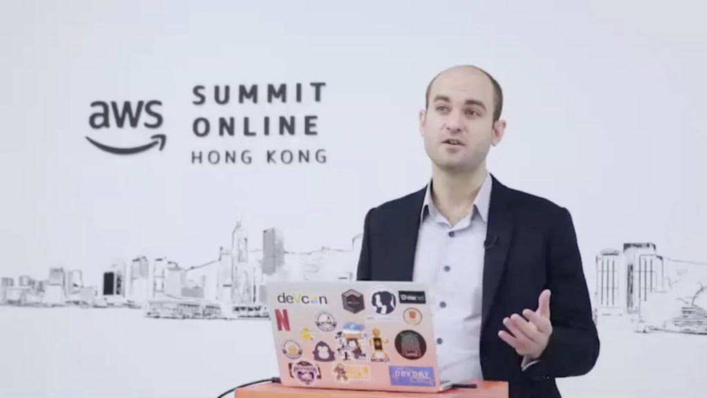 Olivier Klein 介紹 AWS 上多個服務,支援企業開發創新服務。