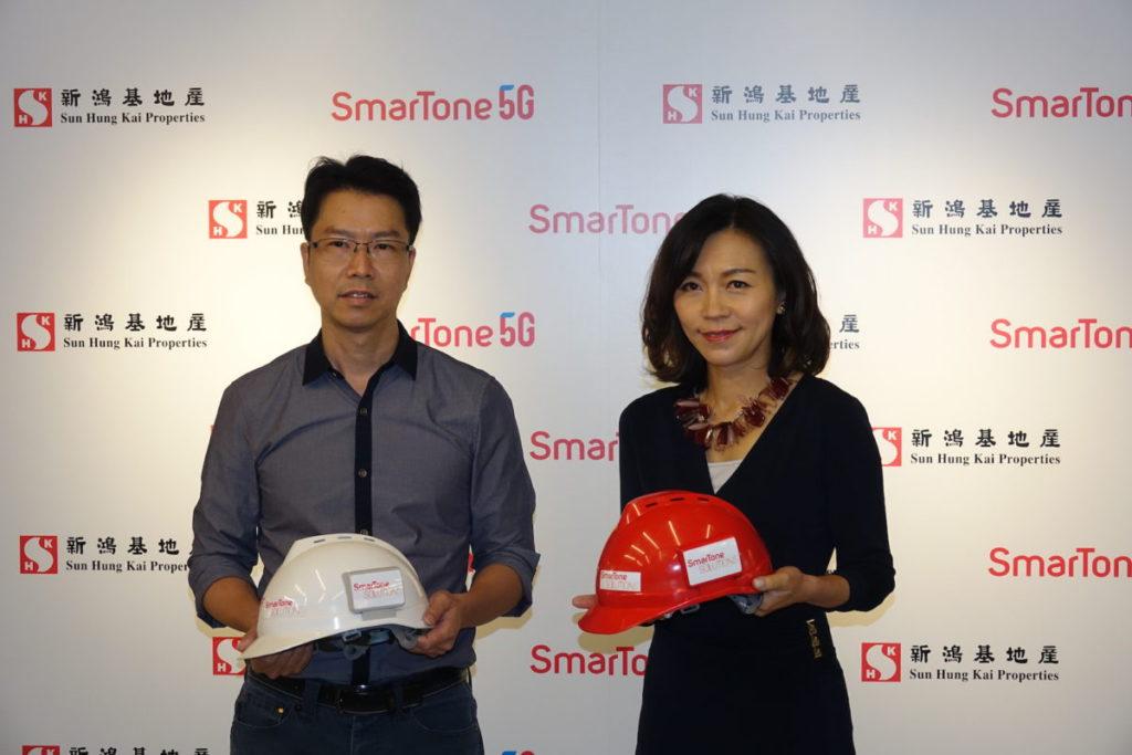 陳家明(左)與葉安娜(右)均指出,利用物聯網的智安建有助提升建築安全。