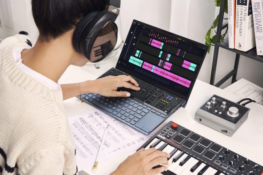 小小的電腦都享有雙屏幕優勢