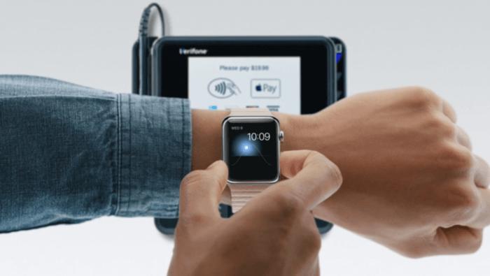 其實把交通卡或信用卡轉移到 Apple Watch 就可以解決