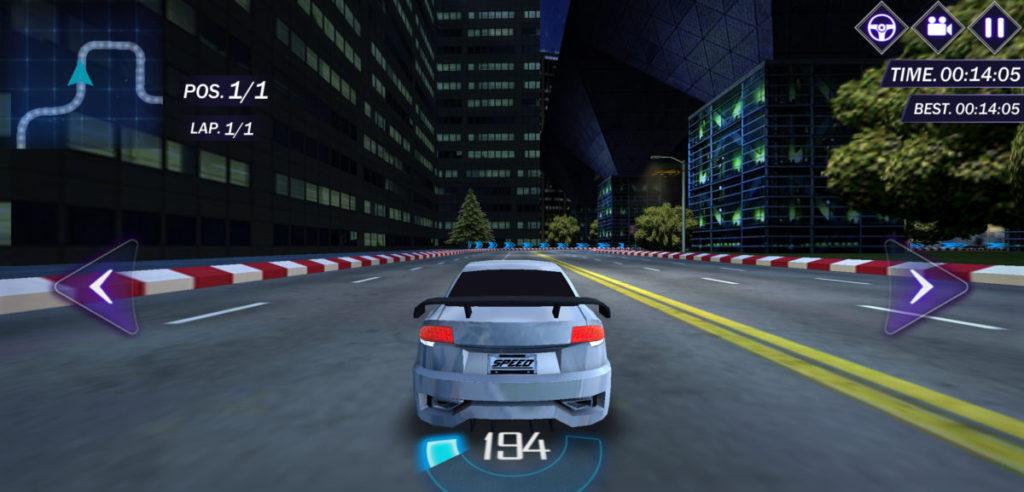 Street racing 3D 以街頭賽車為主題,極具速度感。