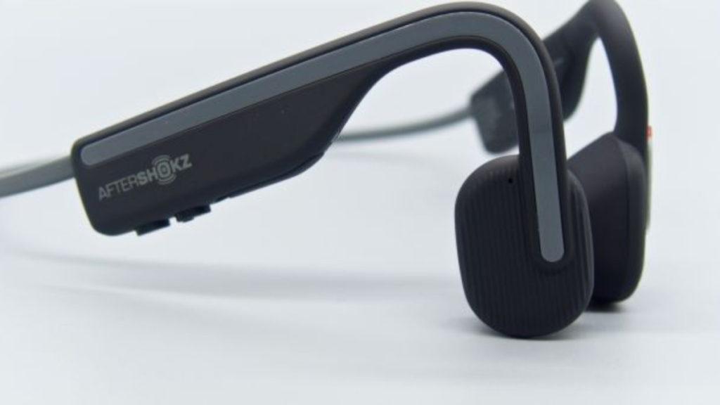 採用 PremiumPitch 2.0 技術,能在減低震盪的同時又能提高播放的音量