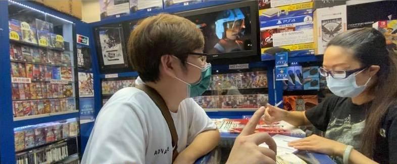 著名遊戲 YouTuber Zero 成功訂購 PS5 光碟版。
