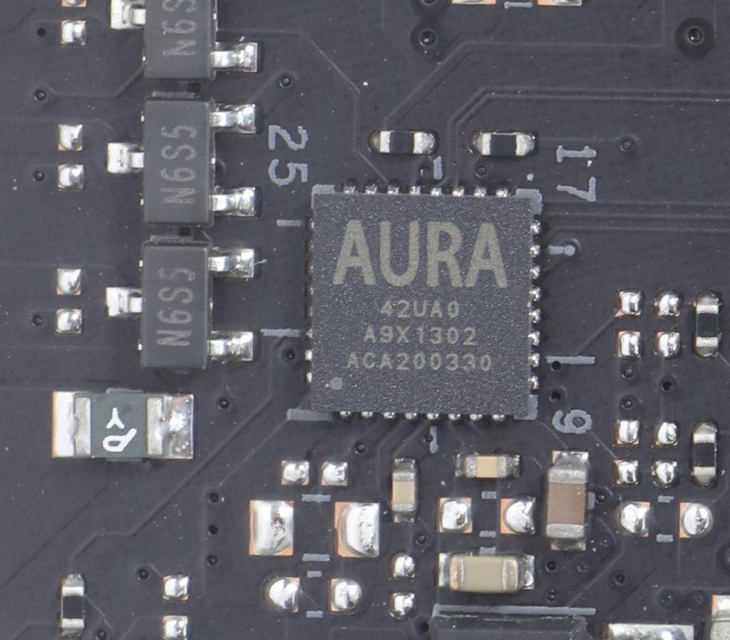 設有用於 RGB 燈效控制的 AURA 晶片。