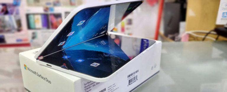 微軟首款摺屏手機水貨到港 Surface Duo 開價 $13,600 起!