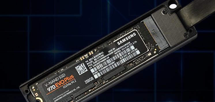 官方建議使用 Samsung EVO 970 系列的 M2 SSD