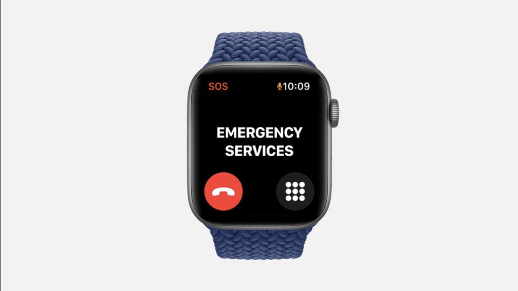 一樣有緊急求助 SOS 及跌倒偵測功能,其實相當適合當長輩的第一隻智能手錶。