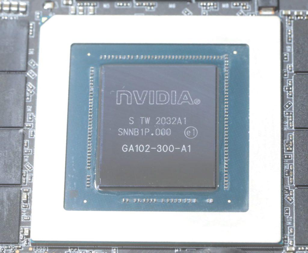 採用編號 GA102-300-A1 的晶片,有別於 RTX 3080 的 GA102-200-KD-A1 晶片。