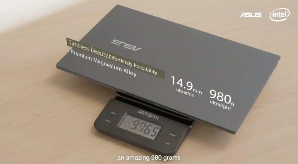Ultralight 重 980g ,厚度也只有 14.9mm 以 14 吋機種來說十分輕薄。