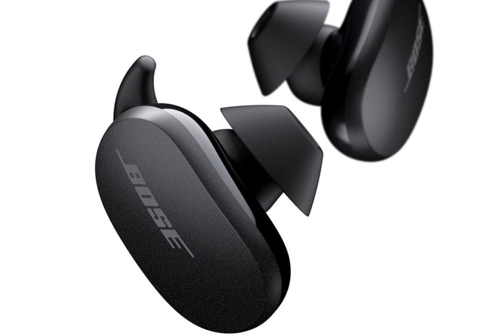 全新進階款 StayHear Max 鯊魚鰭耳套實現有效物理降噪,並提供舒適配戴體驗。