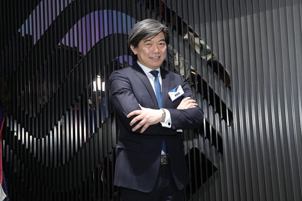 中國移動香港董事兼行政總裁李帆風表示,運用 5G 科技可將以往的觀賞習慣帶領到全新境地,這次的合作令廣大市民更加認識 5G 網絡帶來的好處。