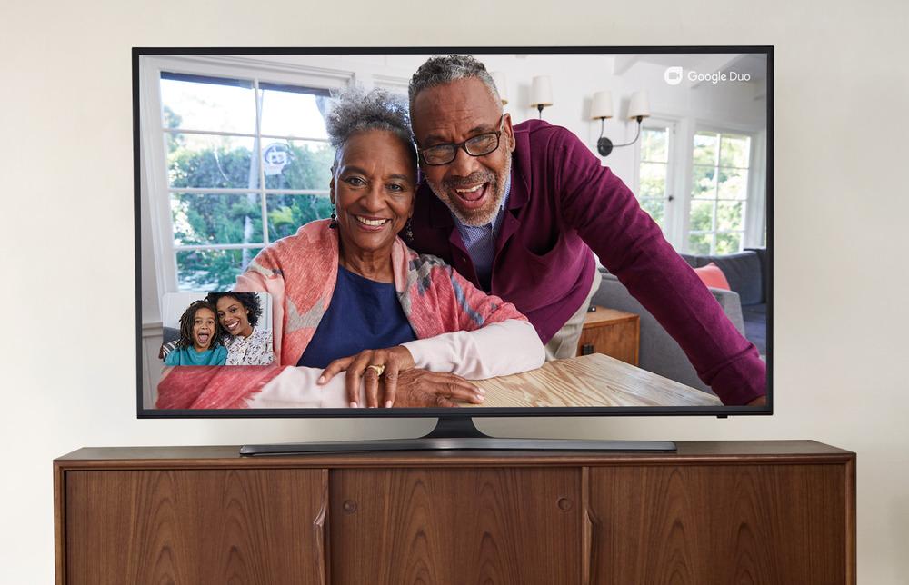 Google Meet 新增的功能包括將會議投射到電視後可以放大其中一個鏡頭。