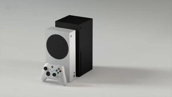 短短幾秒影片中以兩部 Xbox 主機比較大小,相信來自日後公布的 Xbox Series S 宣傳片。