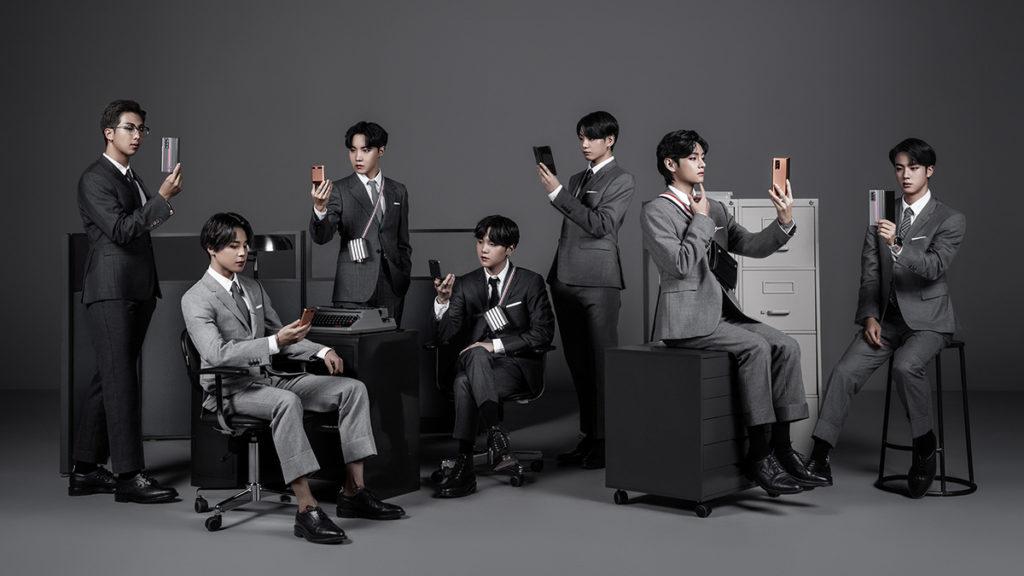 韓國方面找來了天團 BTS 一身西裝 Look 宣傳這款特別版。