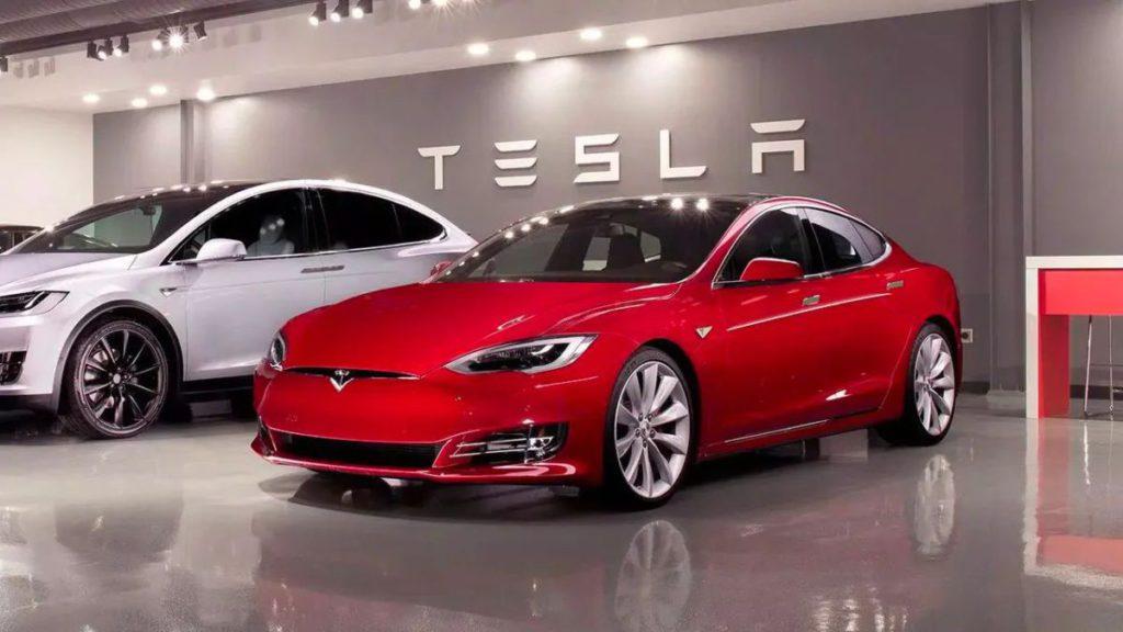 Model S Plaid 將於 2021 年下半年面世。