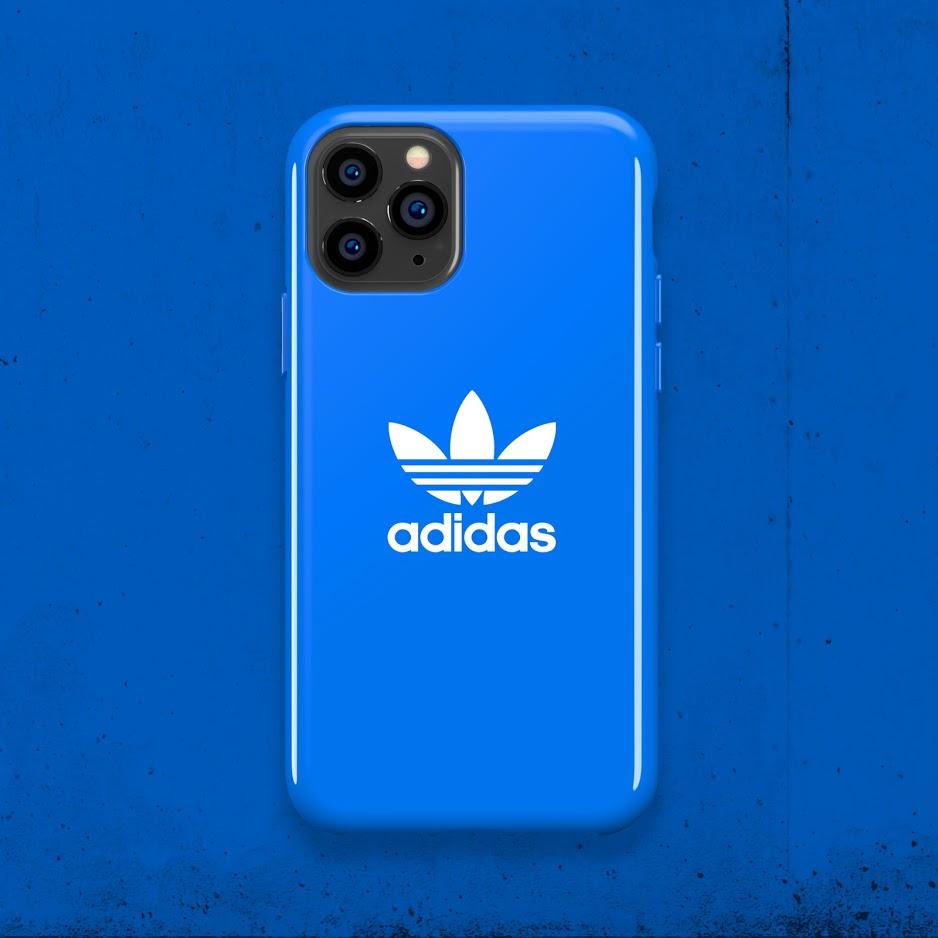 6.) Adidas Originals Moulded Case Basic 保護殼 售價 : $ 238 (黑底白標誌 / 藍底白標誌 )