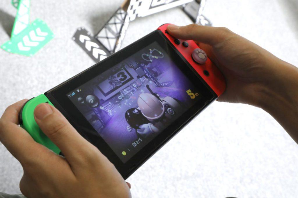 遊戲中天氣效果都會影響到賽車速度。