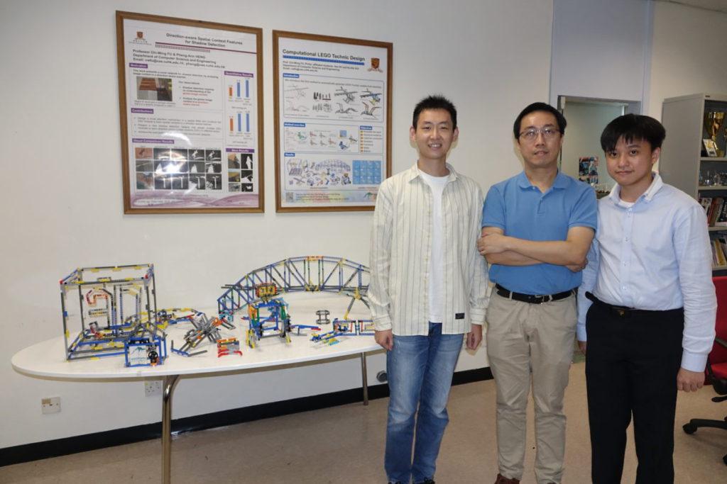 傅志榮與研究團隊徐豪(左)和許家榿(右)。