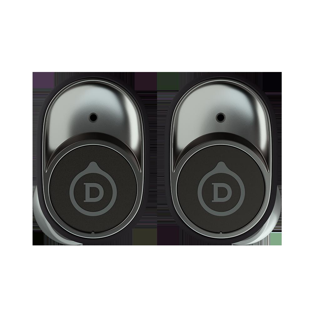 耳機的外形倣效 Phantom 揚聲器側面板的標誌性設計。