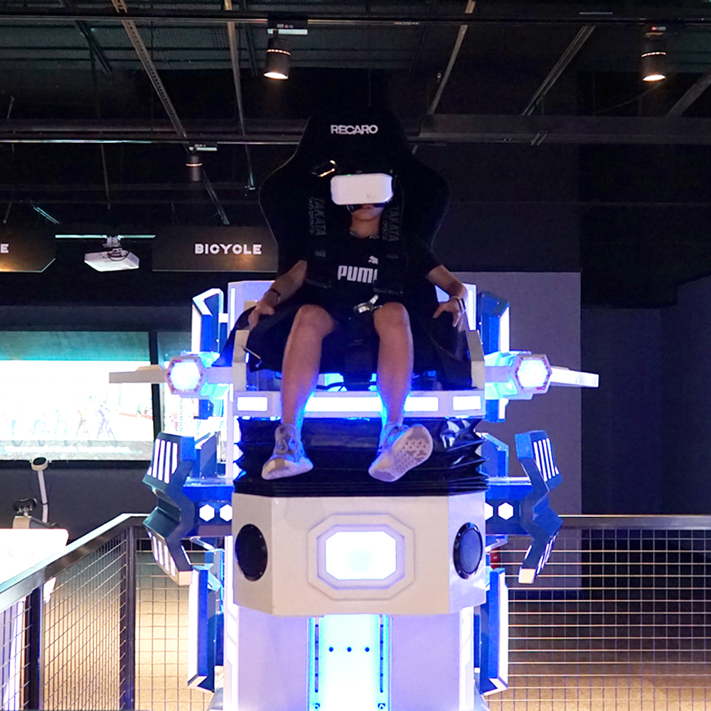 顧名思義, VR Gyro Drop 屬「跳樓機」的遊戲,提供 8 個場景可選,並可模仿離心力,驚嚇度十足。