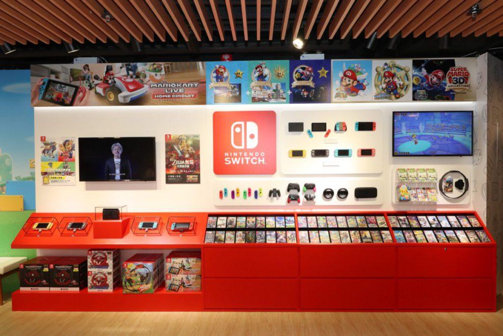 提供多款最新遊戲及多款不同顏色的 Nintendo Switch Lite 及 Nintendo Switch 的主機及配件讓大家選購。