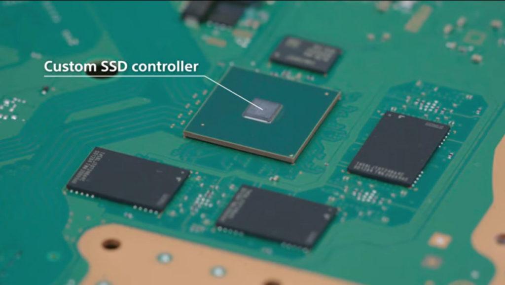 SSD 和特製的 SSD 控制器,也是焊死在主板上。