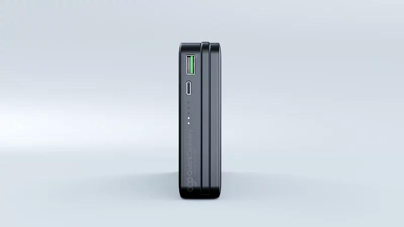 配備 1 個 QC3.0 USB 及 1 個 PD 3.0 USB-C 充電口