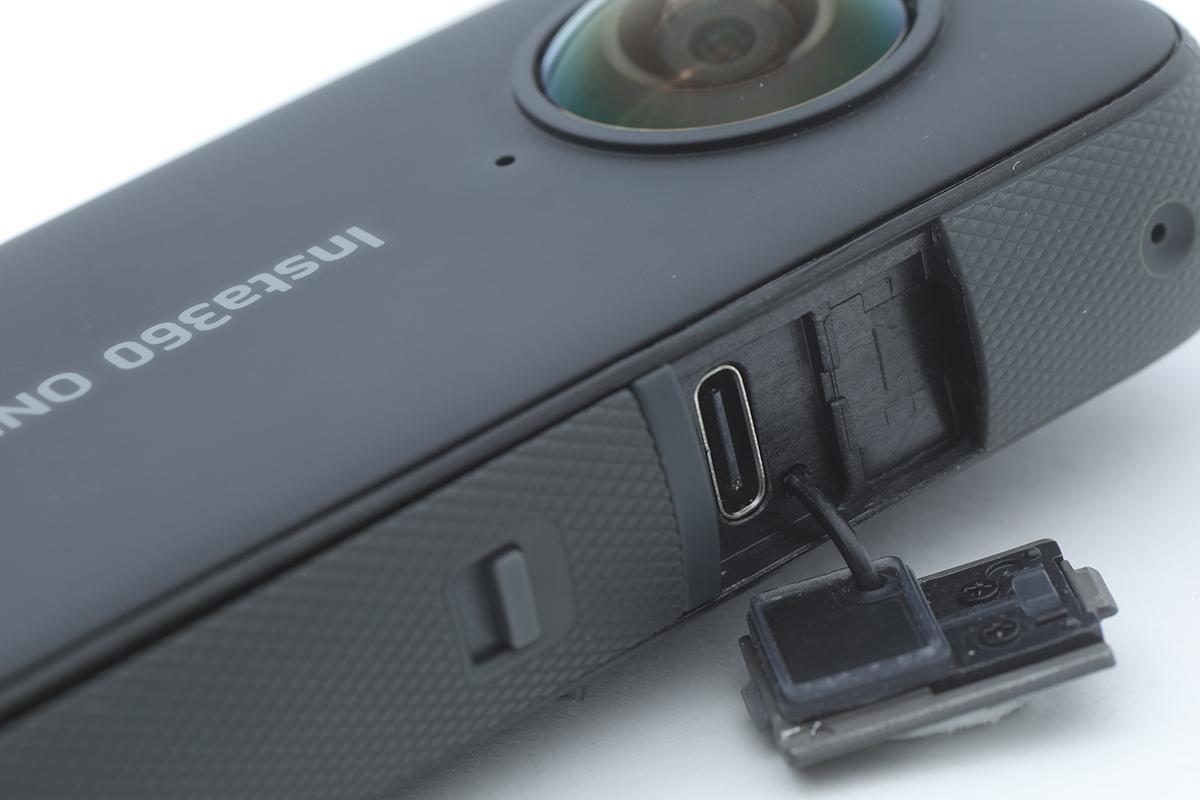 換成 USB-C 插頭,保護蓋有防水物料。