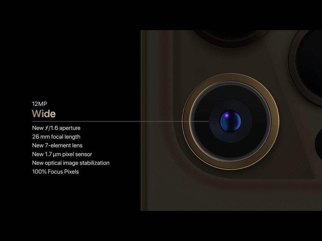 作為進鏡頭的 26mm 鏡頭,iPhone 12 Pro Max 改用了 1.7 微米像素感光元件,像素點大了,吸光表現提升,對細節和暗黑拍攝都有相當大改善。