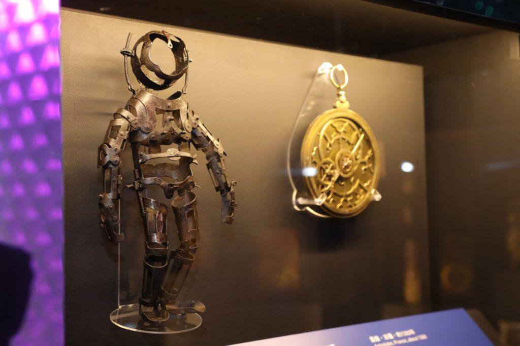 館內有過百展品來自英國,有教學用途外,亦富有歷史和藝術氣息。