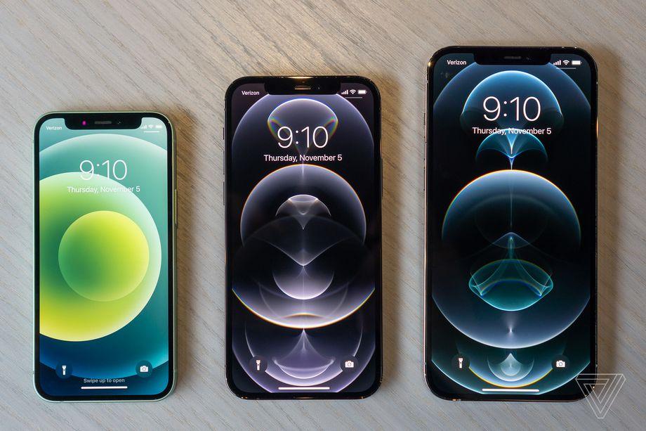 左起:iPhone 12 Mini、iPhone 12 Pro、iPhone 12 Pro Max (圖片來源:The Verge)