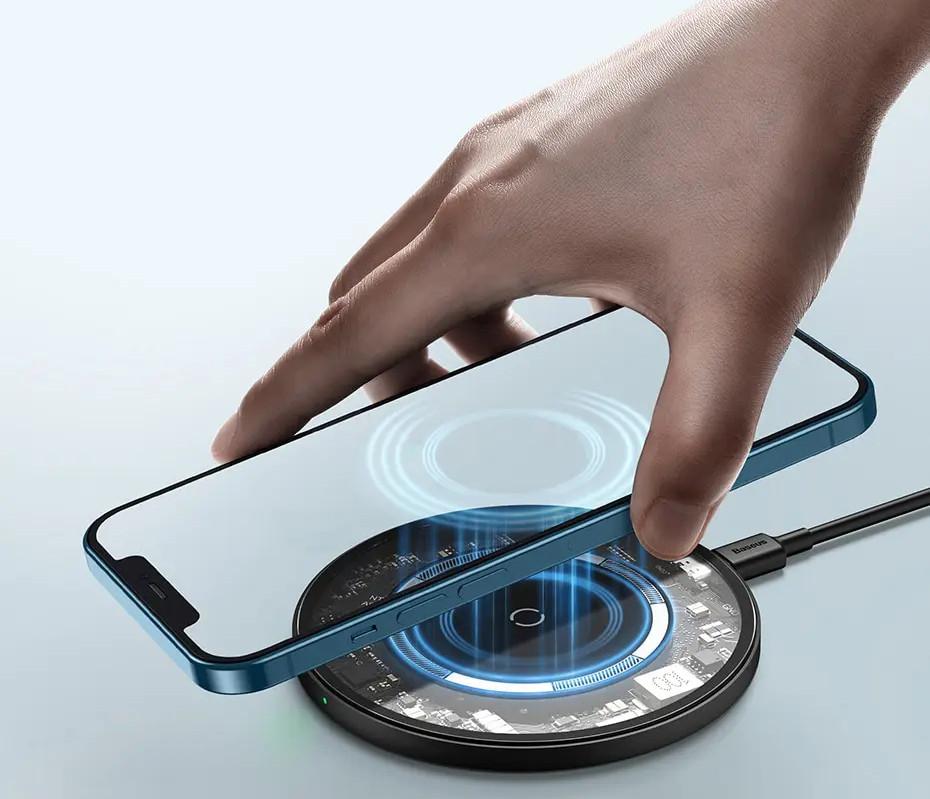 有用戶向 Apple 反映,iPhone 12 的無線充電功能或出現問題