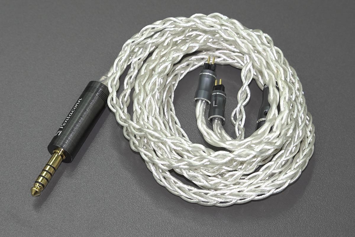 Halley 8 單晶純銀線也用上 8 絞版本,配以日本 Pentaconn 0.78 兩針插及 4.4mm 平衡插頭。