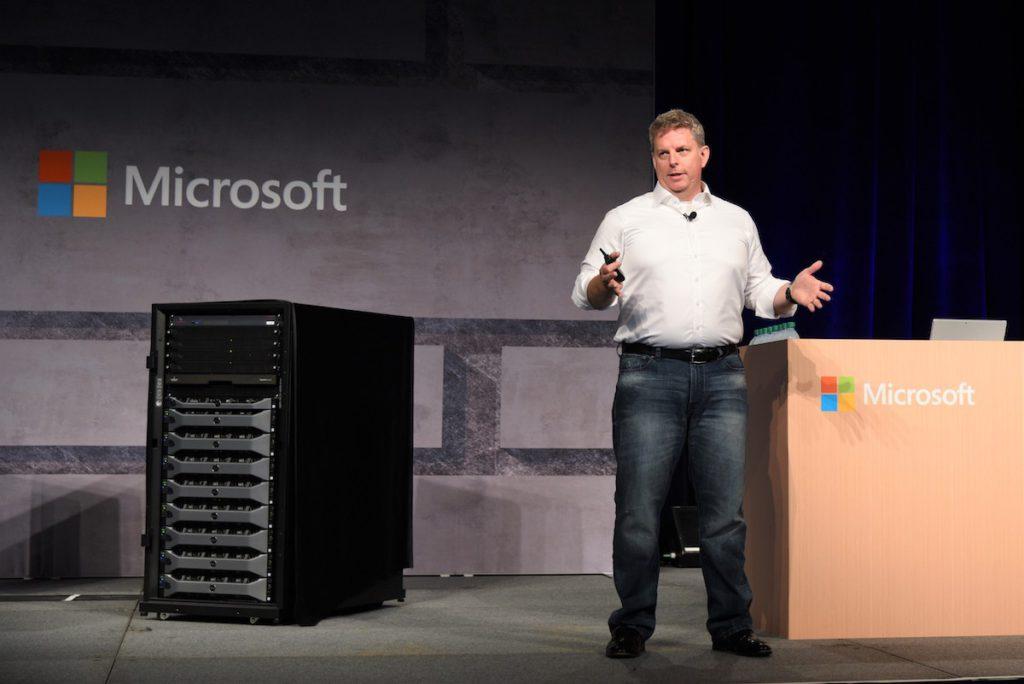 負責領導 Microsoft 自家處理器設計的,是 Microsoft Azure 的執行副總裁 Jason Zander