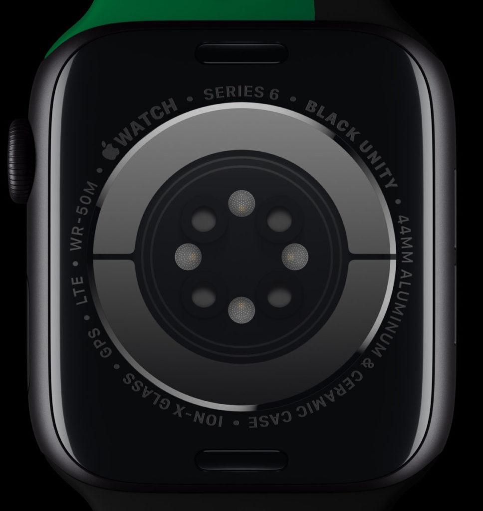 限定版 Apple Watch Series 6 Black Unity 手錶底部水晶玻璃會以激光刻上「 Black Unity 」的字樣。
