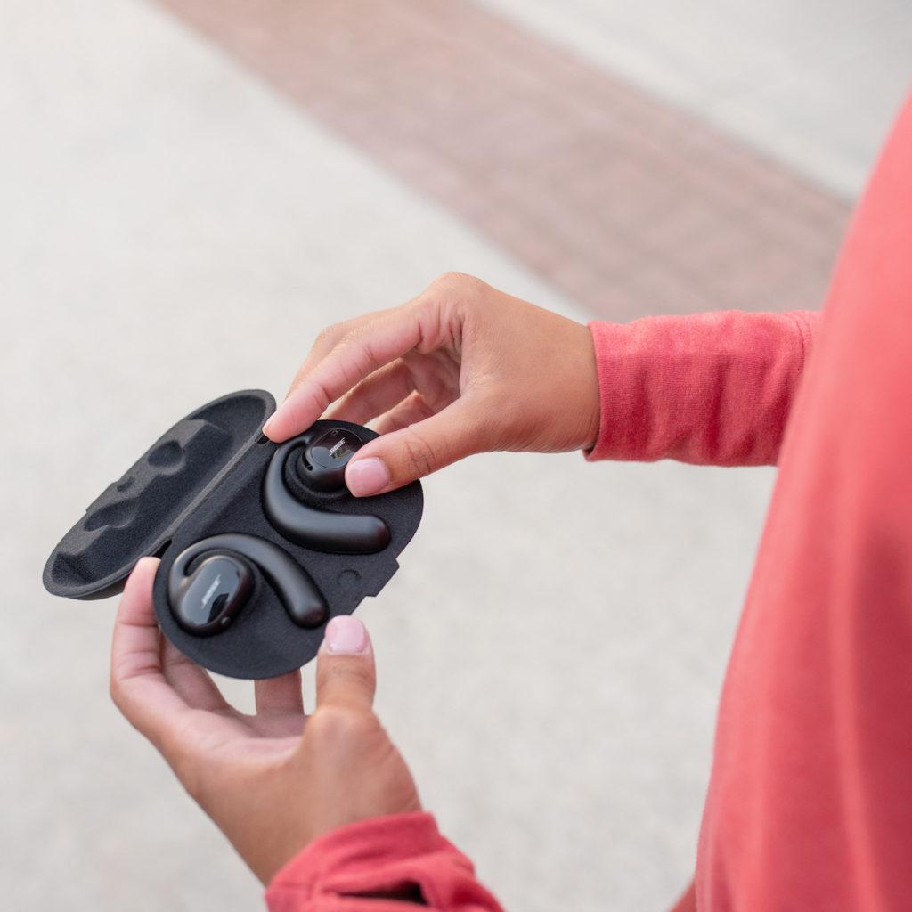 Bose Sport Open Earbuds 充電盒