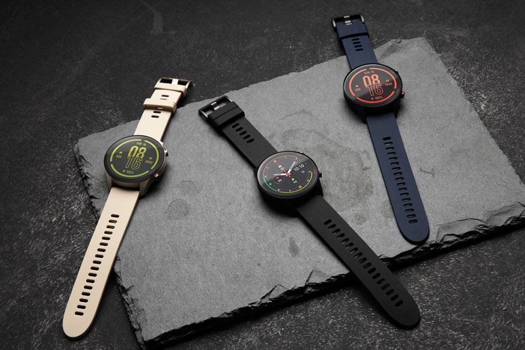 小米手錶運動版提供典雅黑、深空藍及象牙白三種顏色以供選擇,更加入血氧水平檢測功能。