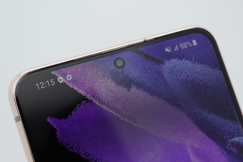 Samsung Galaxy S21 及 Galaxy S21+ 前置鏡頭同為 10MP 。