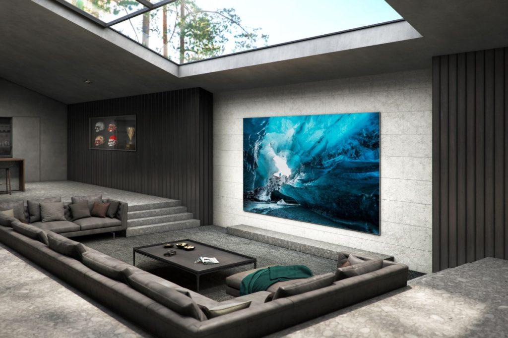 大至 110 吋的 MicroLED 電視,足以取代投影機成家庭影院大畫面配備。