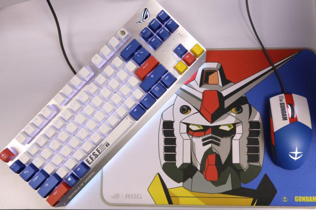 對於粉絲來說 ROG STRIX SCOPE TKL GUNDAM EDITION 電競鍵盤 及 ROG STRIX IMPACT II GUNDAM EDITION 滑鼠應該既實用又吸引