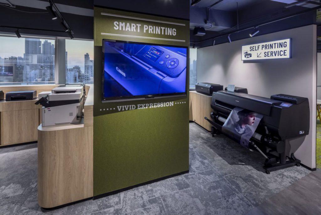 Canon 專業的打印機可以列印出大尺寸的海報