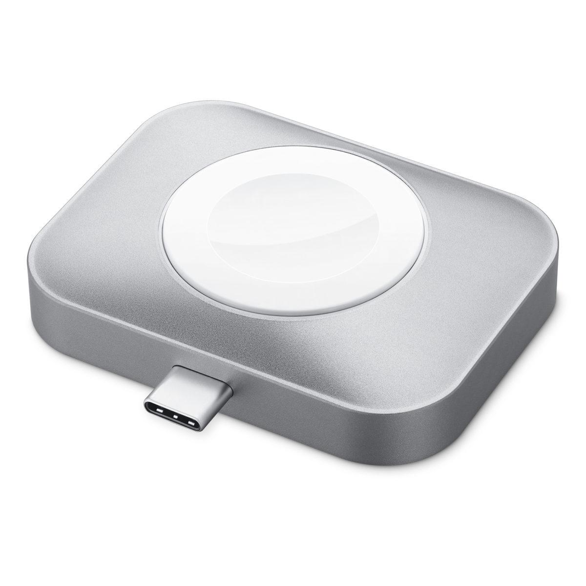 另一邊是 Apple Watch 用的充電器。