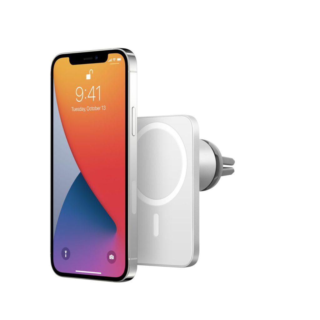 利用 MagSafe 的磁吸引力,單手就可以輕易將手機吸附在充電器上進行充電。