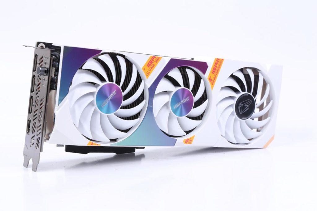 NVIDIA 提供的參考卡︰ Colorful iGame RTX 3060 Ultra W 12G