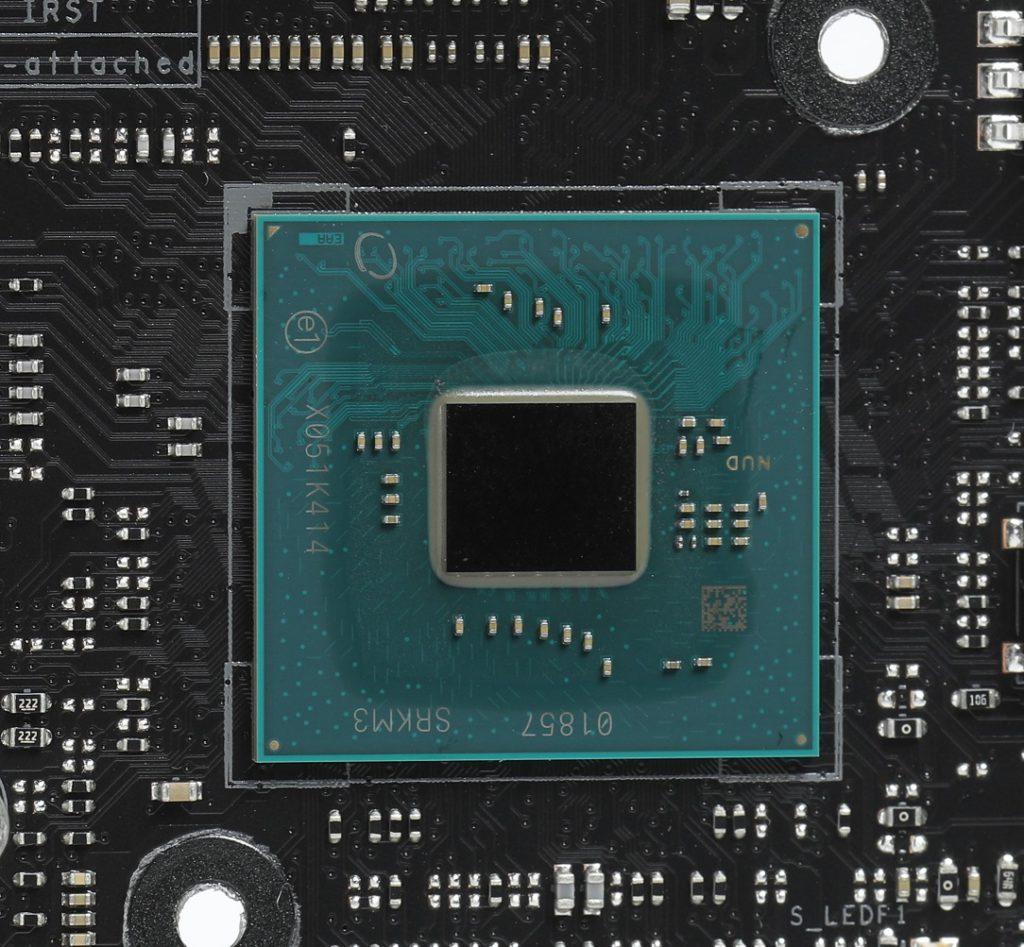 Intel Z590晶片組,其尺寸大小與Z490時相若, TDP功耗為6W屬於較低的水平。